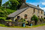 Blaengawney Farm House holiday rental